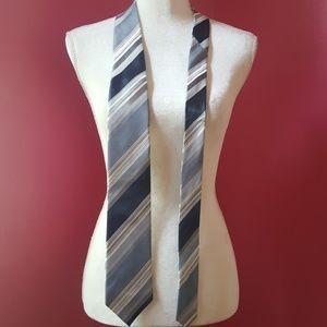 Kenneth Cole Reaction Silk Striped Tie